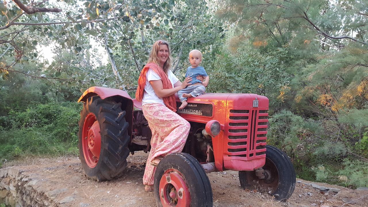 Red Traktor